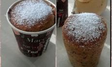 Kağıt bardakta havuçlu kek