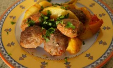 Fırında köfte patates tarifi /fırında köfte nasıl yapılır