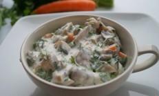 Yoğurtlu mantar salatası tarifi
