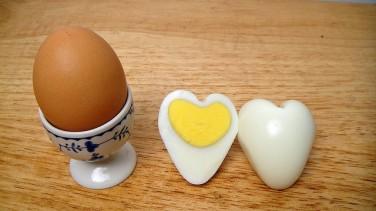 Kalp şeklinde yumurta nasıl yapılır ?