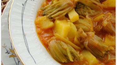 Ispanak kökü yemeği