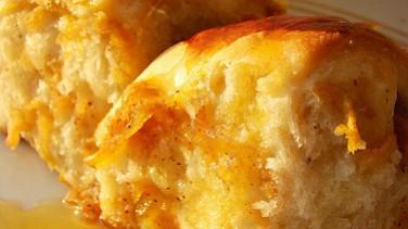 Elmalı mayalı kek