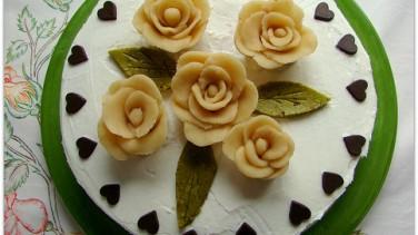 Güllü pasta