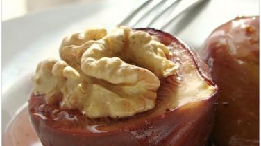Taze incir tatlısı ve ızgara sebzeli köfte