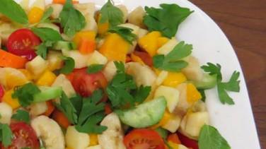 Tropikal diyet salata