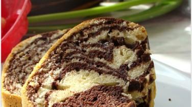 Kek kalıbında zebra kek