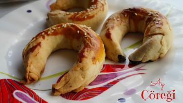 Pastane Usulü Ay Çöreği Tarifi (22 adet)